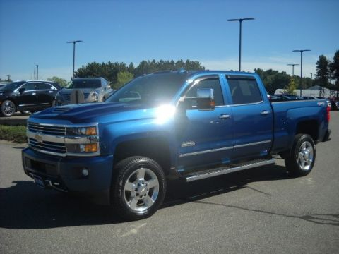 Pre-Owned 2017 Chevrolet Silverado 2500HD High Country