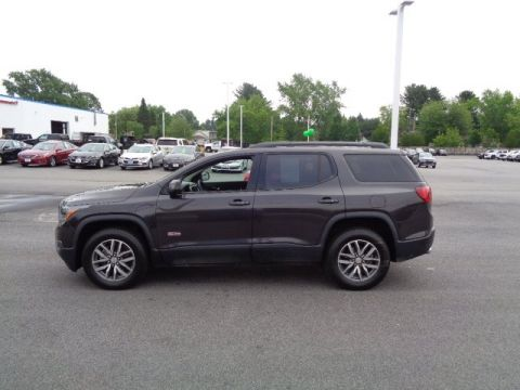 Pre-Owned 2017 GMC Acadia SLE